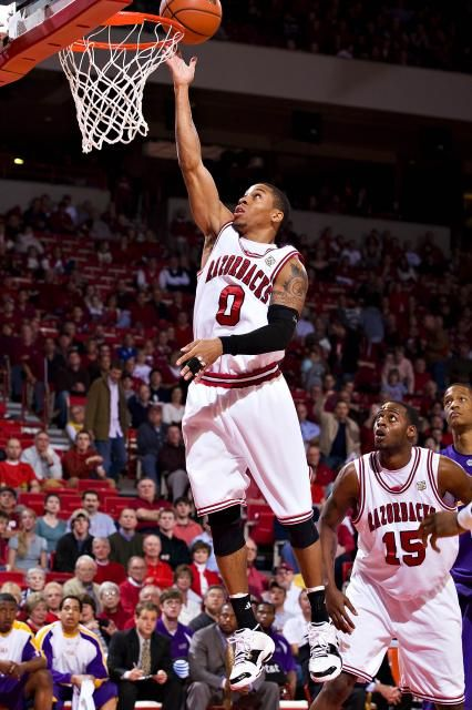 arkansas razorbacks basketball | 640 426 Gary Ervin Arkansas Razorback basketball player Gary Ervin ...