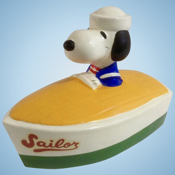 Vintage Snoopy Sailor Boat Coin Piggy Bank With Stopper 1966 1970 S United Features Syndicate Inc Snoopy Collectibles Snoopy Piggy Bank