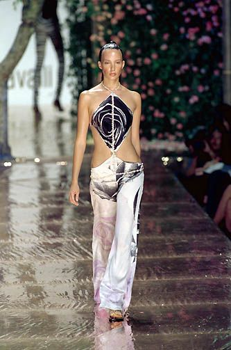 Roberto Cavalli Ready-to-Wear Spring / Summer 2000