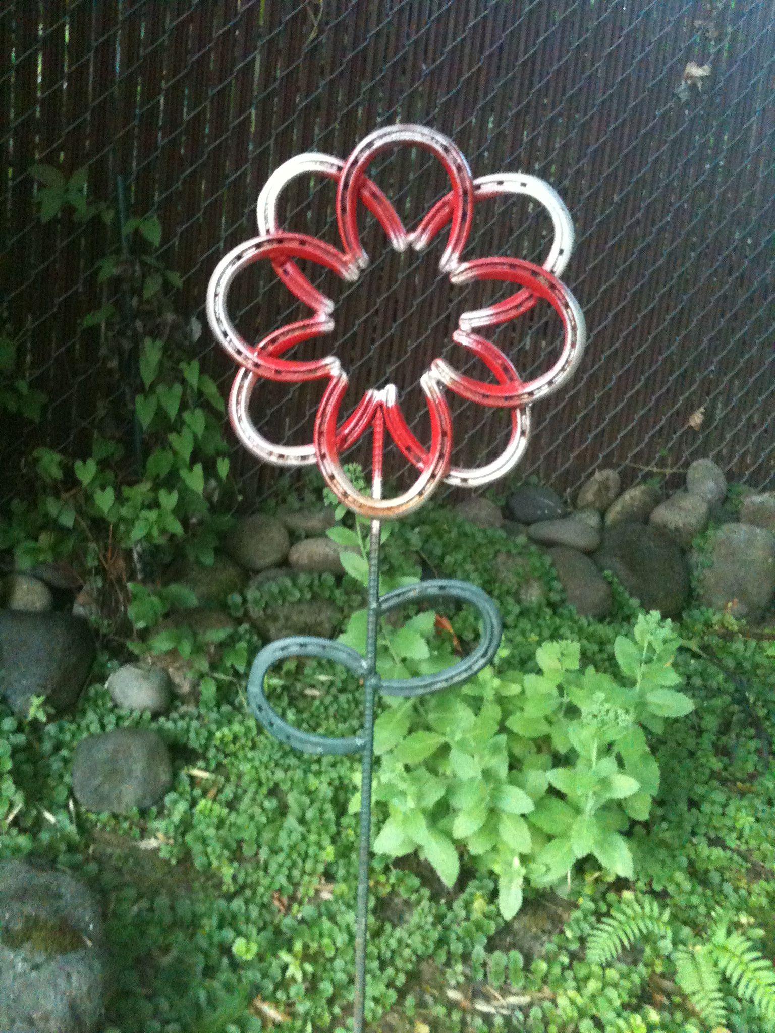 Unusual horseshoe flower my style pinterest flower horse unusual horseshoe flower solutioingenieria Choice Image
