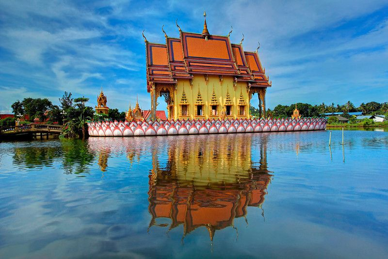 Floating Temple, Wat Plai Laem, Koh Samui (Island), Thailand