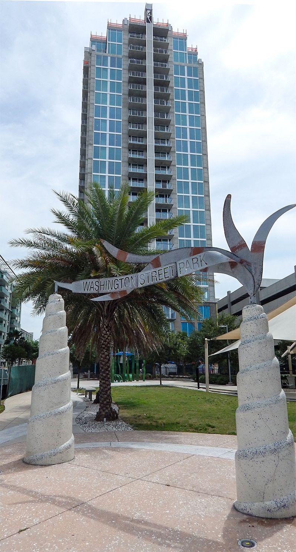 Skyhouse Channelside 15th Tallest In Tampa Fl St Petersburg Florida Florida City Petersburg Florida
