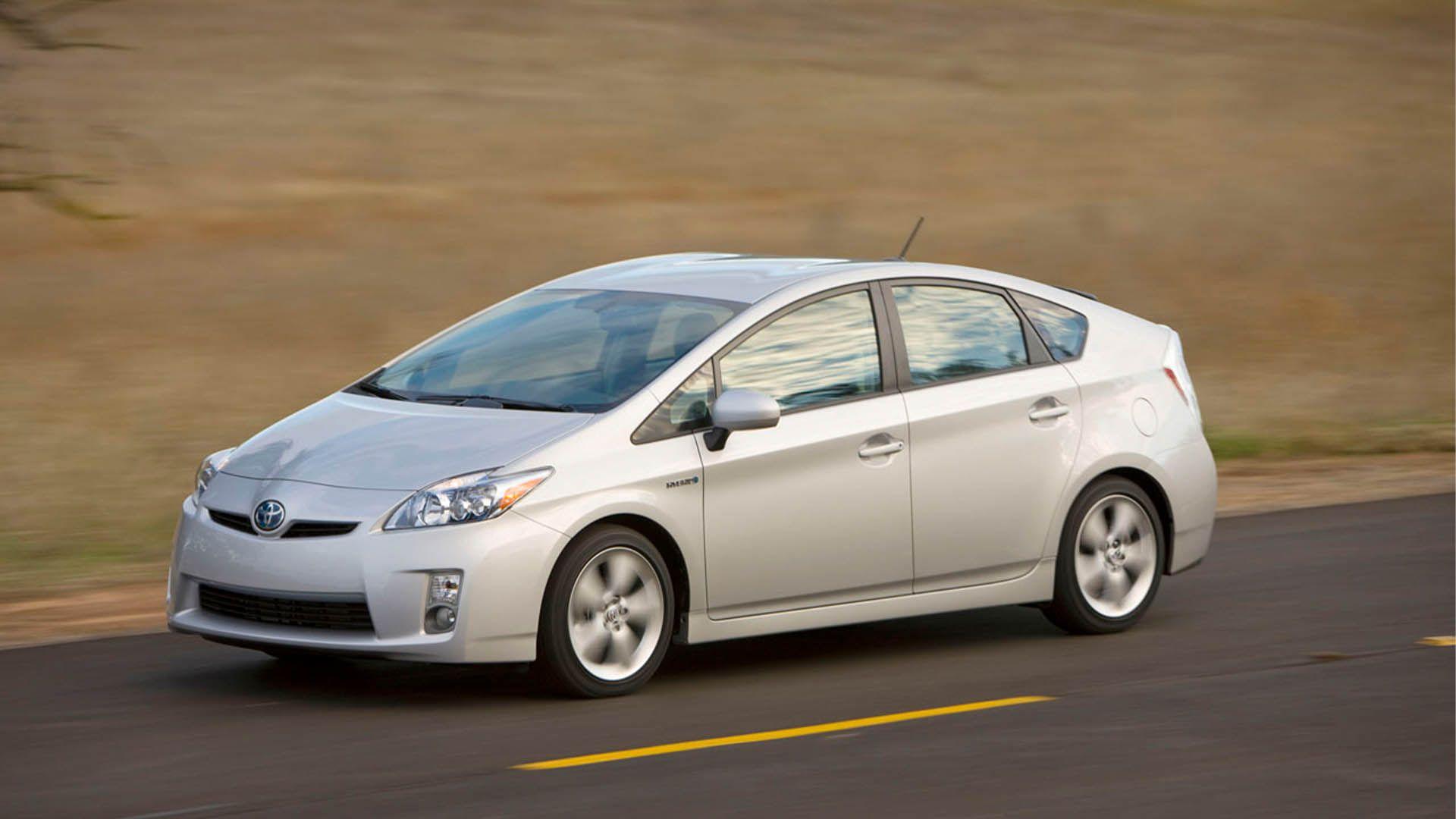 Hybrids Under 5000 Cardealershipsales In 2020 Toyota Prius Toyota Prius Interior Toyota Prius Hybrid
