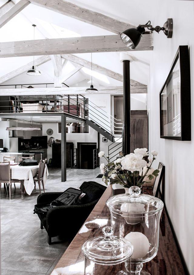 R novation maison c vennes transformation d 39 un ancien entreprot en loft de 170m2 deco loft - Renovation meuble industriel ...