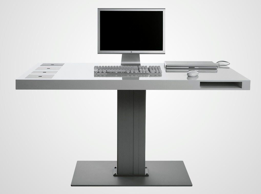 Minimalist Modern Computer Desk With Metal Material