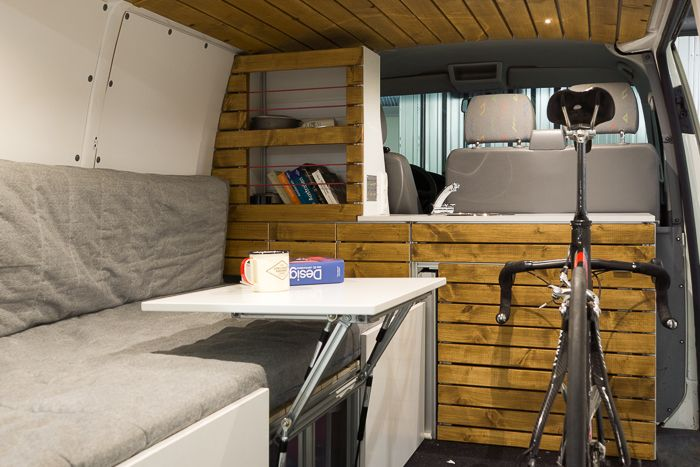 vw t5 transporter campingbus ausbau mit fahrrad t5. Black Bedroom Furniture Sets. Home Design Ideas