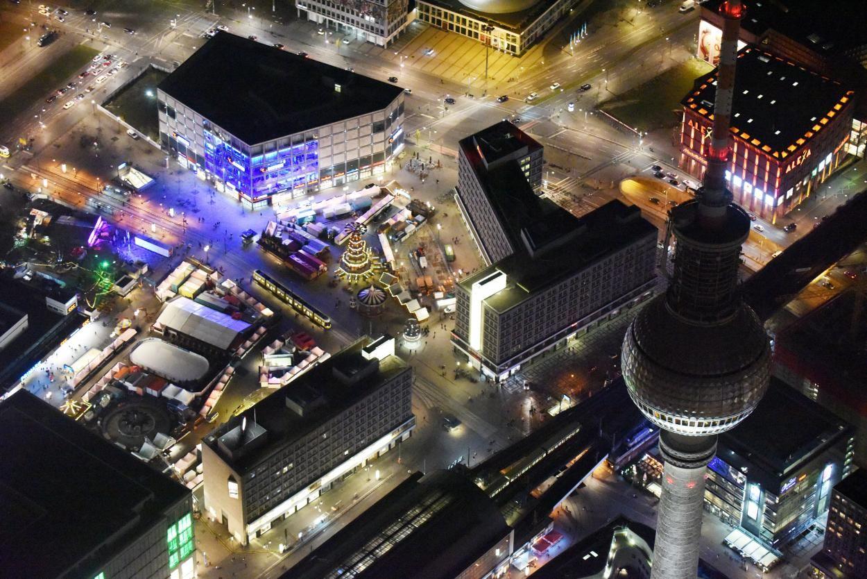 Berlin Bei Nacht Von Oben Berlin Berlin Bei Nacht Berlin Von Oben