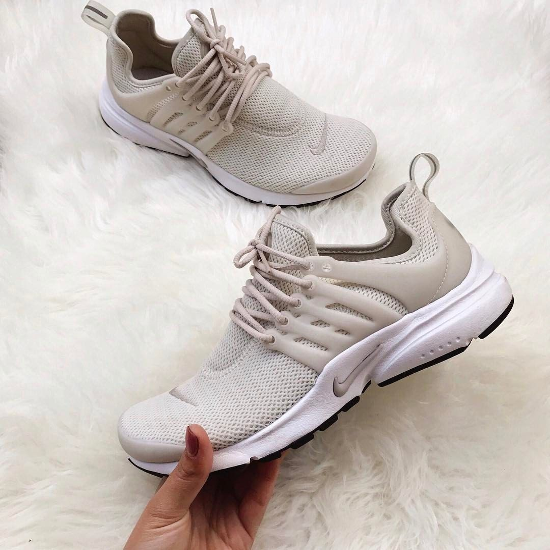 Nude sneakers via @janetavelasco