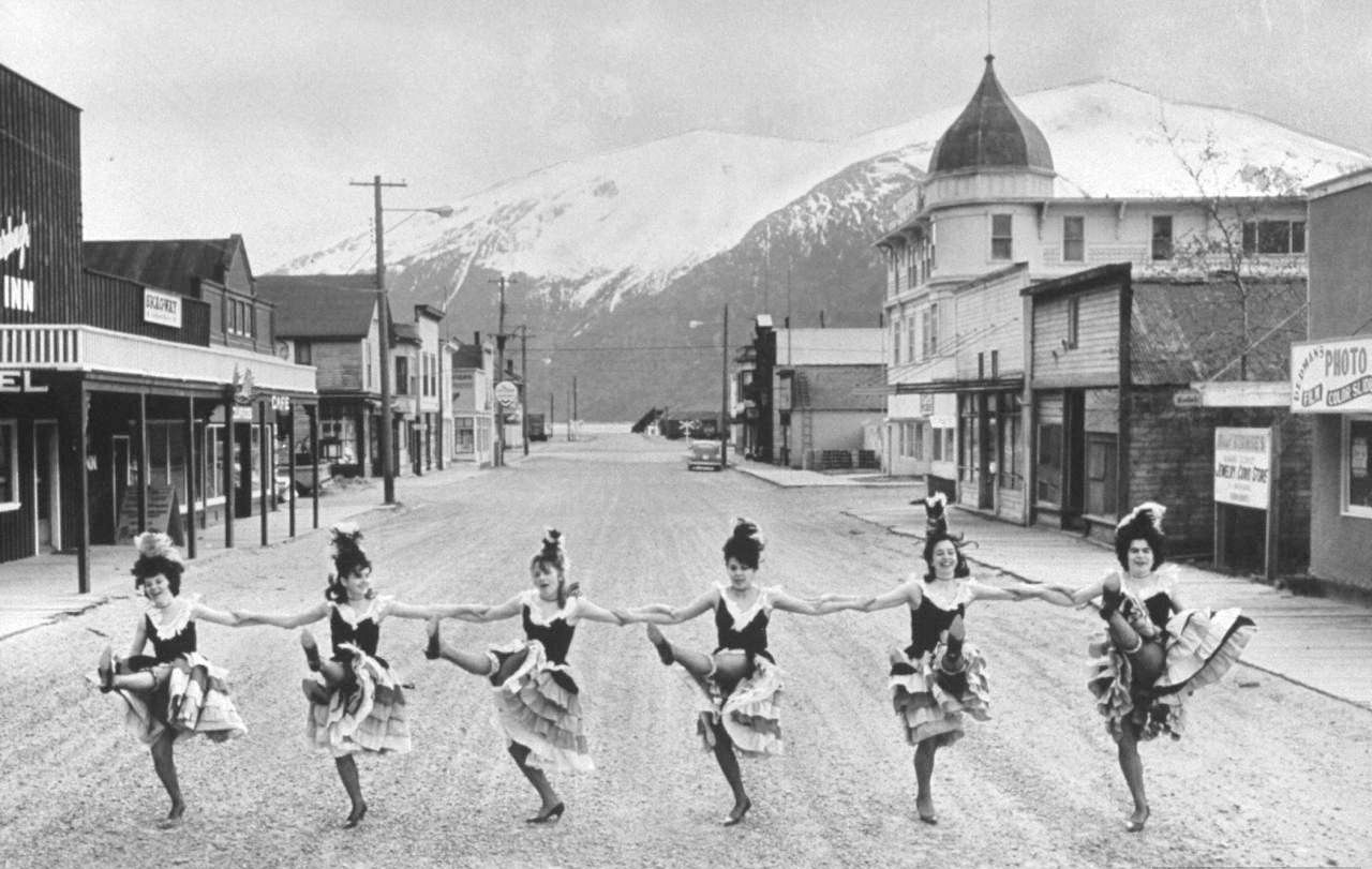 The Can Can Girls of Skagway, Alaska | Can Can girls at