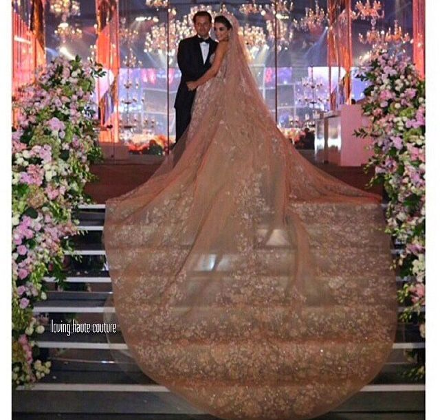 Best Pin By Rizal On Bridal Design Fairytale Wedding Gown 640 x 480