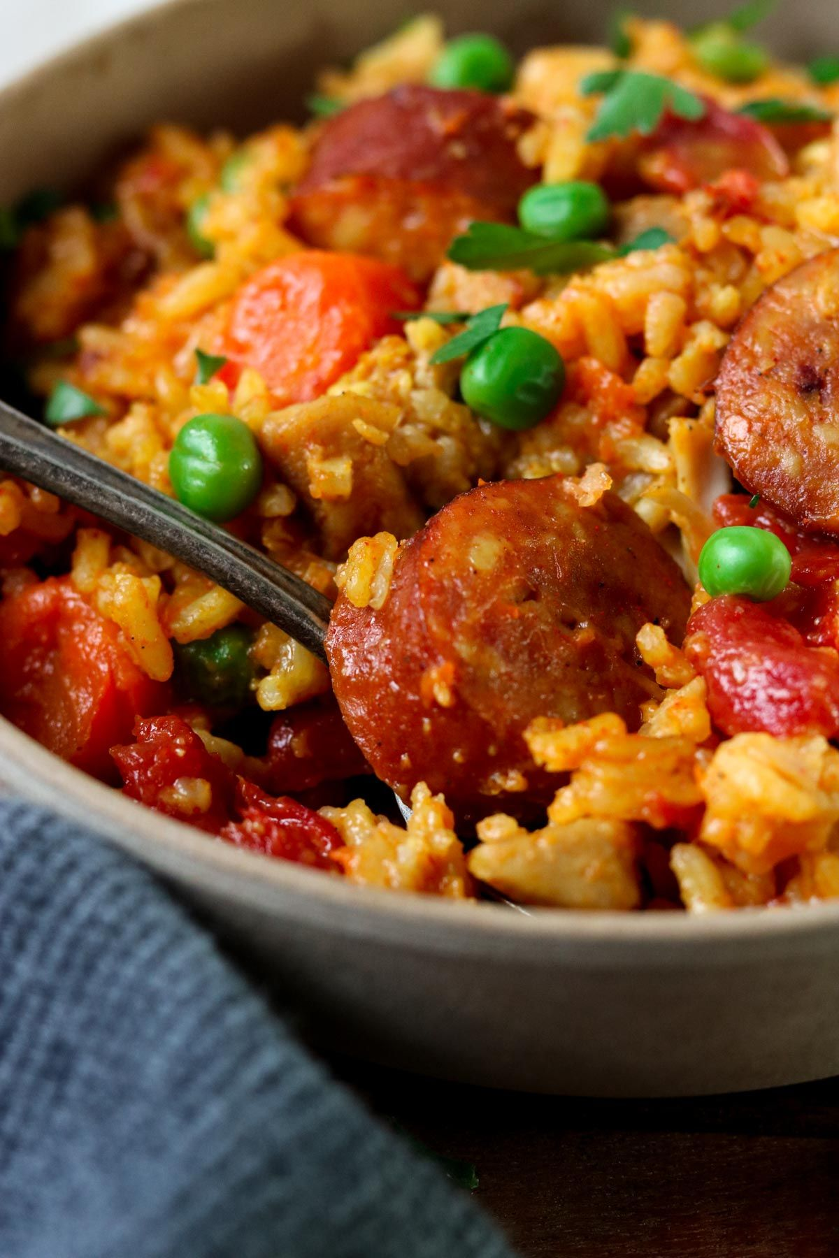 Instant Pot Cajun Rice with Chicken and Sausage If you have an Instant Pot this is the next recipe you need to make!!! Instant Pot Cajun Rice with Chicken and Sausages is BURSTING with flavor! It makes an amazing dinner whether it is a busy night, a weekend dinner at home, or entertaining friends.
