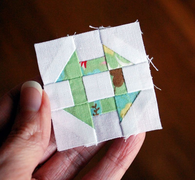 Im Back With Another Free Mini Quilt Block Pattern This Time Its