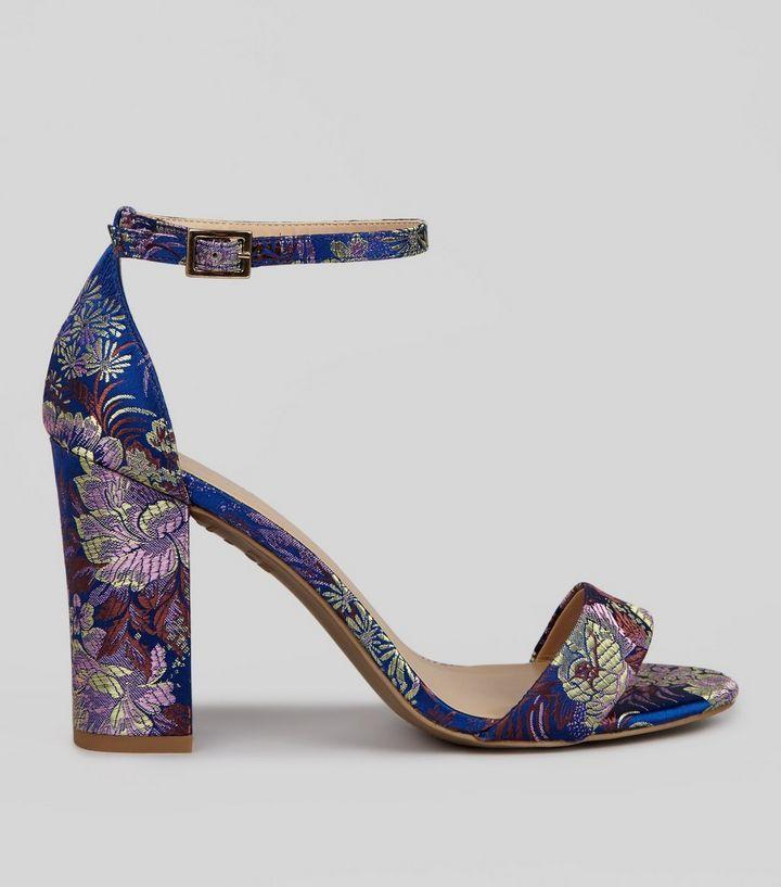 75cb11d1885d51 Chaussures à talons bleues à brocart fleuri | New Look | La robe de ...