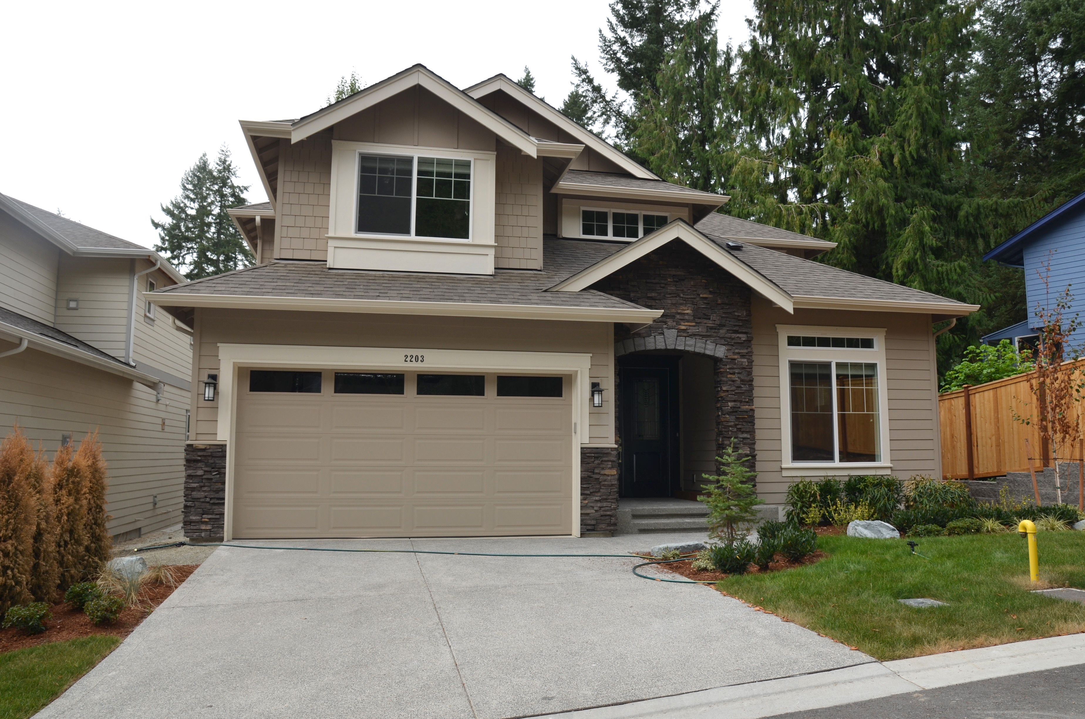 Pl11 Bayshore A Exterior Home Color Tony Taupe By Sherwin