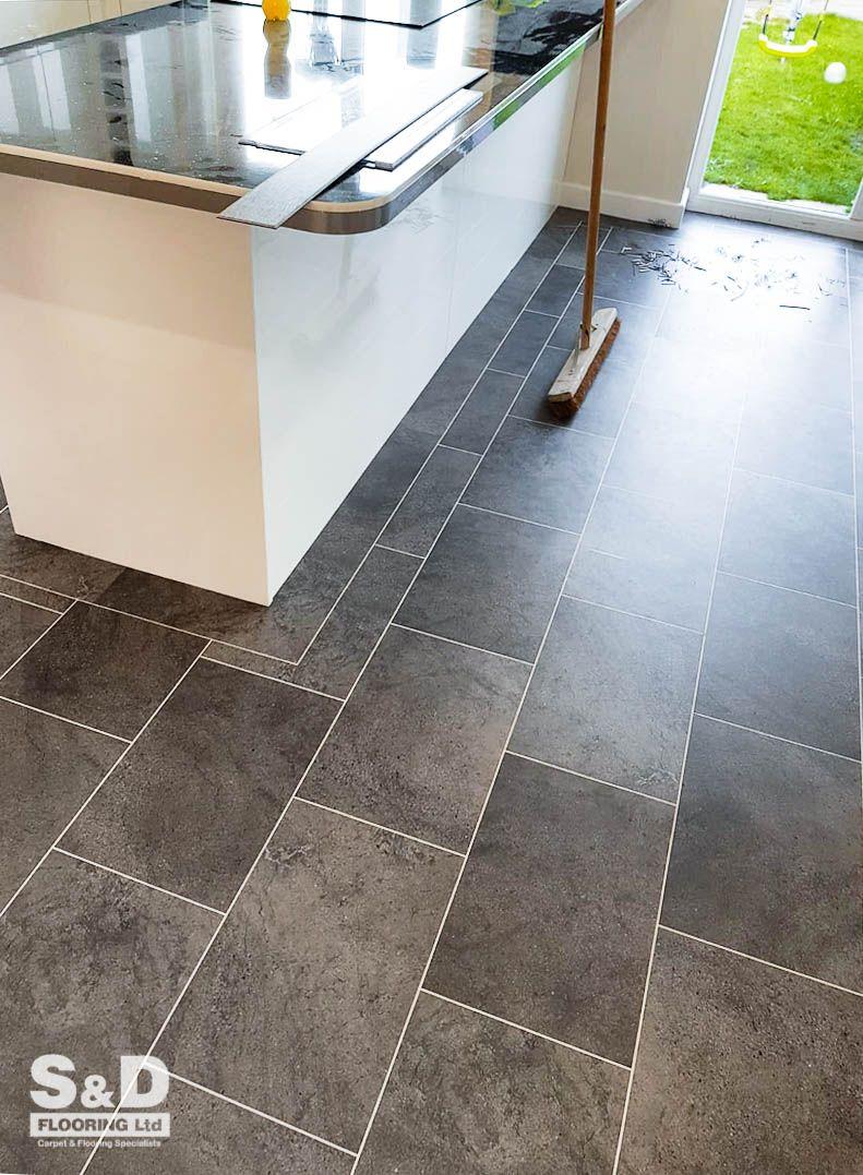 Looking For A Dark Luxury Vinyl Tile This Latest Karndean St14 Cumbrian Stone Installation To Luxury Vinyl Tile Kitchen Vinyl Flooring Vinyl Flooring Kitchen