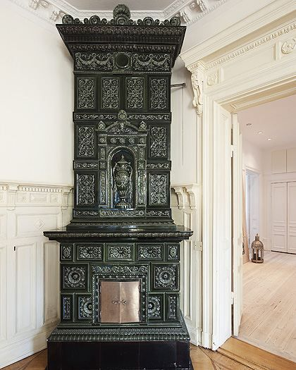 Amazing tile stove heater fireplaces pinterest - Estufas de lena antiguas ...