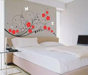 contoh hiasan dinding kamar yang inspiratif on wall stickers stiker kamar tidur remaja id=23933