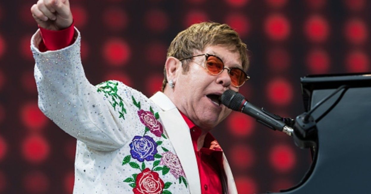 Which Elton John Song Should You Listen To Right Now Elton John Songs Elton John Concert