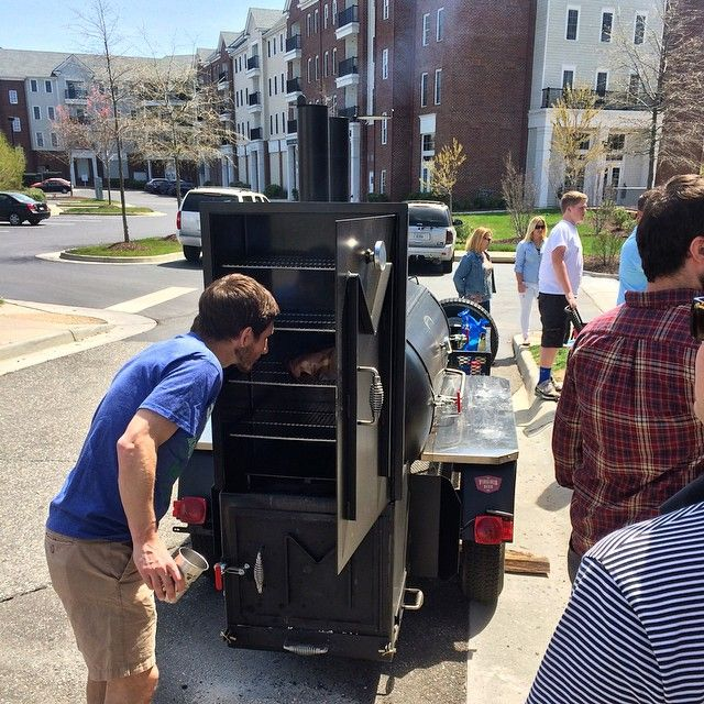 """""""A little sun in #WilliamsburgVA; a little @flintfbd scoping out @verngeddy4's latest HG #BBQ creation; a little @virginiabeerco #BurgBeer wallpaper. #SundayFunday indeed!"""" No doubt #HGBBQ will be a smoking force to be reckoned with. Can't wait to host him at 401!"""