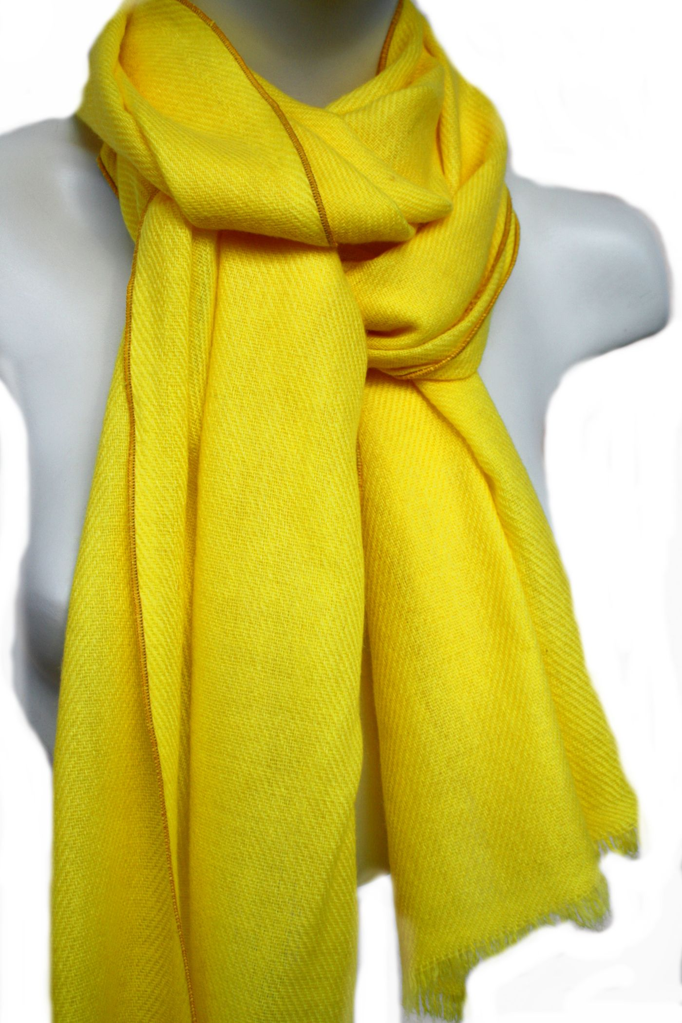 fbb83a21c660c2 Gelber CASHMERESCHAL, zeitlos als Damenschal & Herrenschal für alle  Gelegenheiten, Sie werden sich wohlfühlen