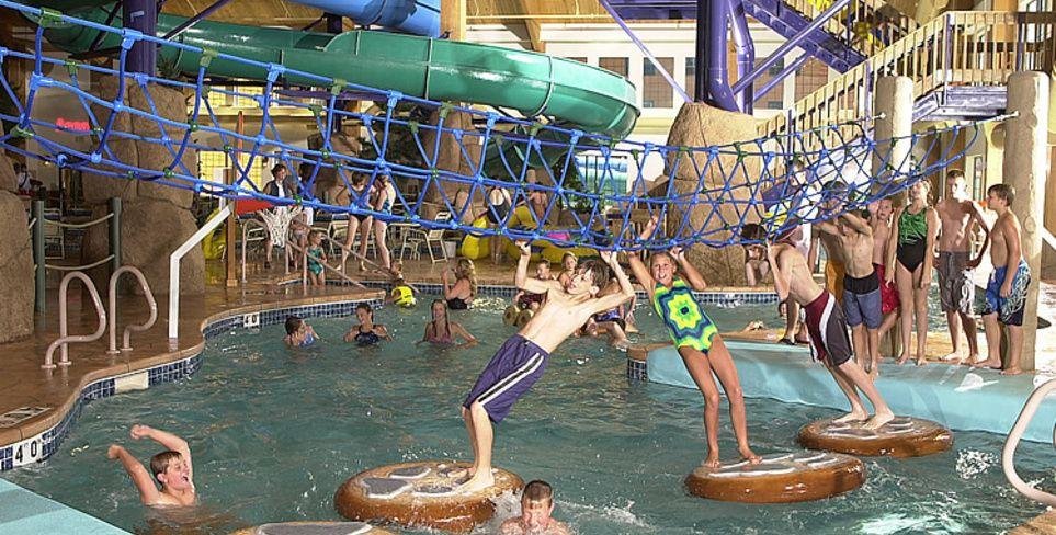 Tundra Lodge Green Bay Swim Passes Water Park Vacation Trips