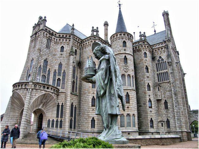 El Palacio Episcopal de Astorga