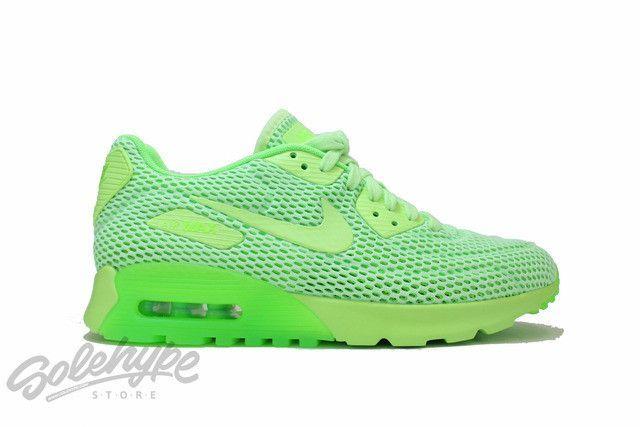 Women's Nike Air Max 90 Ultra Breathe shoe in Green 725061 300