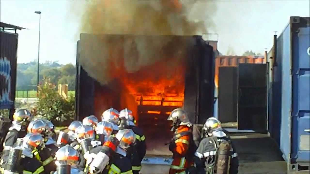 CAISSONS TL SDIS44 Firefighter training, Firefighter, Train