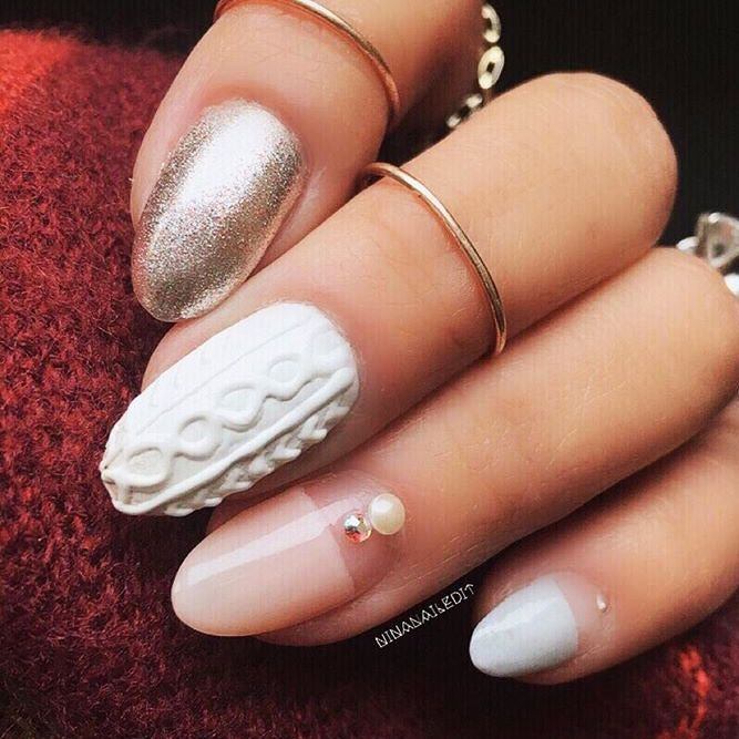 15 Perfect Winter Nails For The Holiday Season And More Winter
