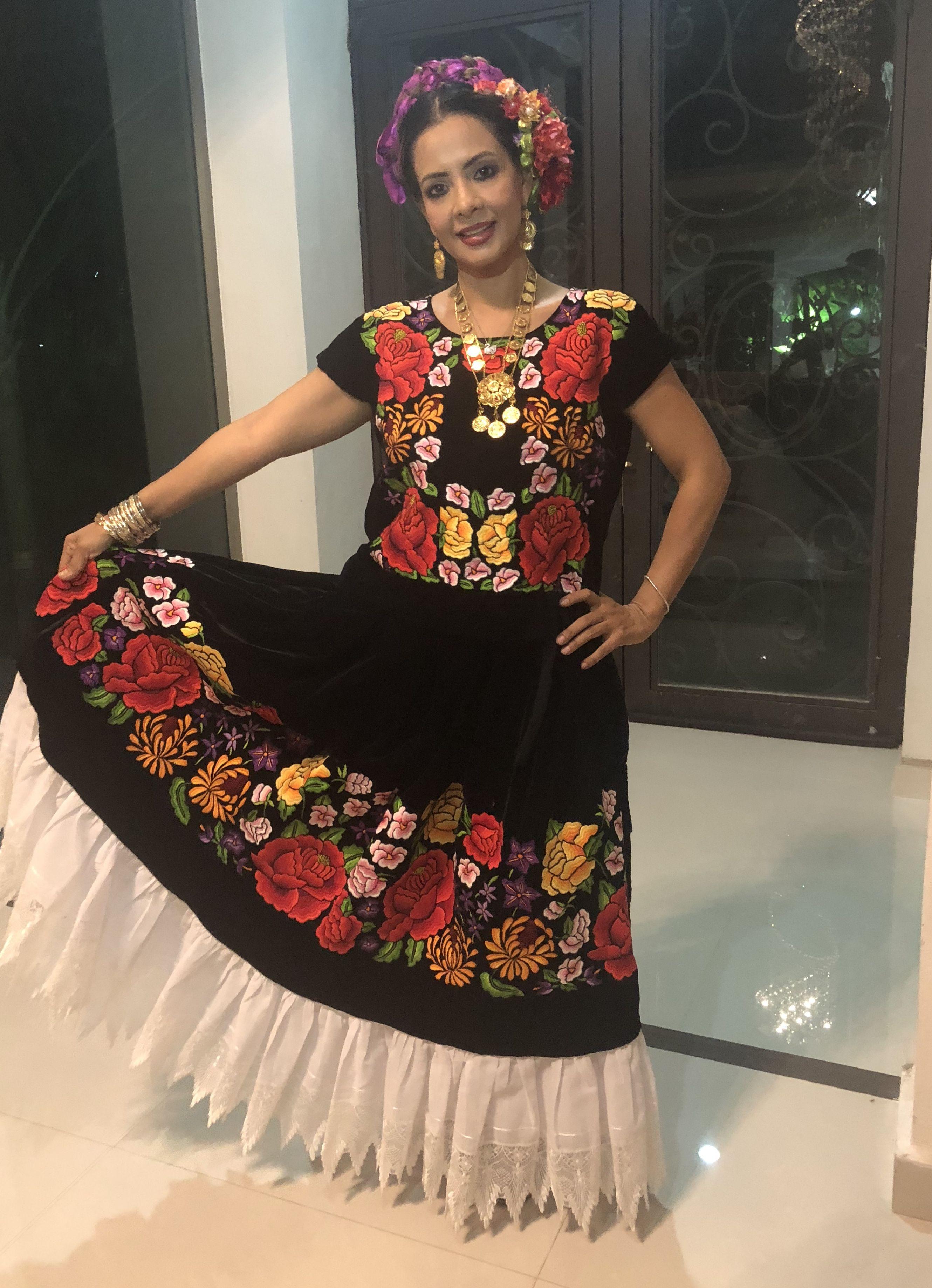 Vestido De Tehuana En 2019 Vestidos De Tehuana Vestidos