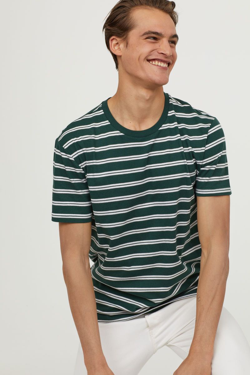 656db4a4553a4 Striped T-shirt
