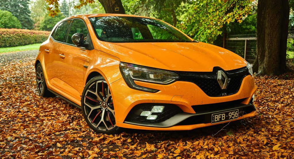 Driven 2020 Renault Megane R S 300 Trophy Is Raw Uncompromising And Addictive Carscoops Renault Megane Renault Clio Renault