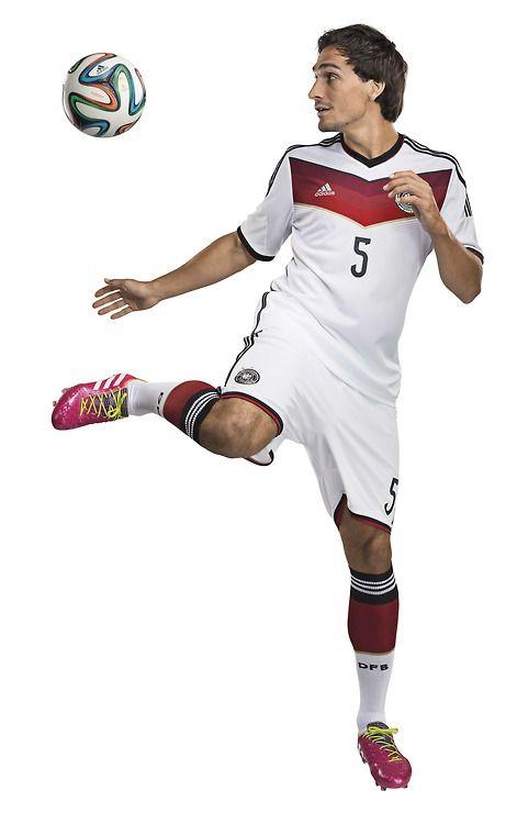 Mats Hummels modelling the 2014 home kit