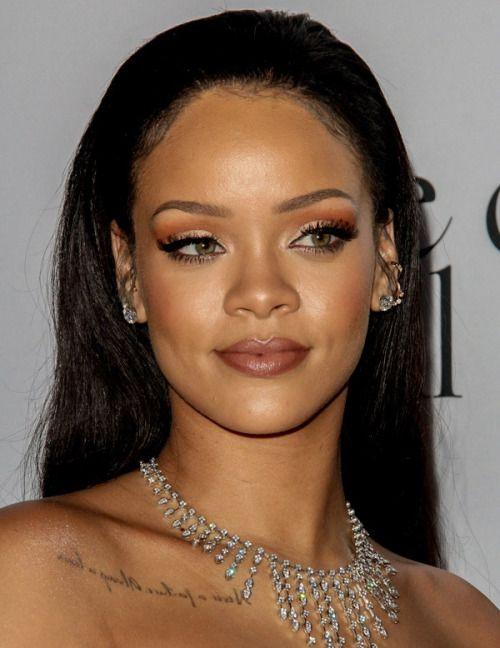 25 of the Biggest Celebrity Dresses of 2018 - Biggest ...