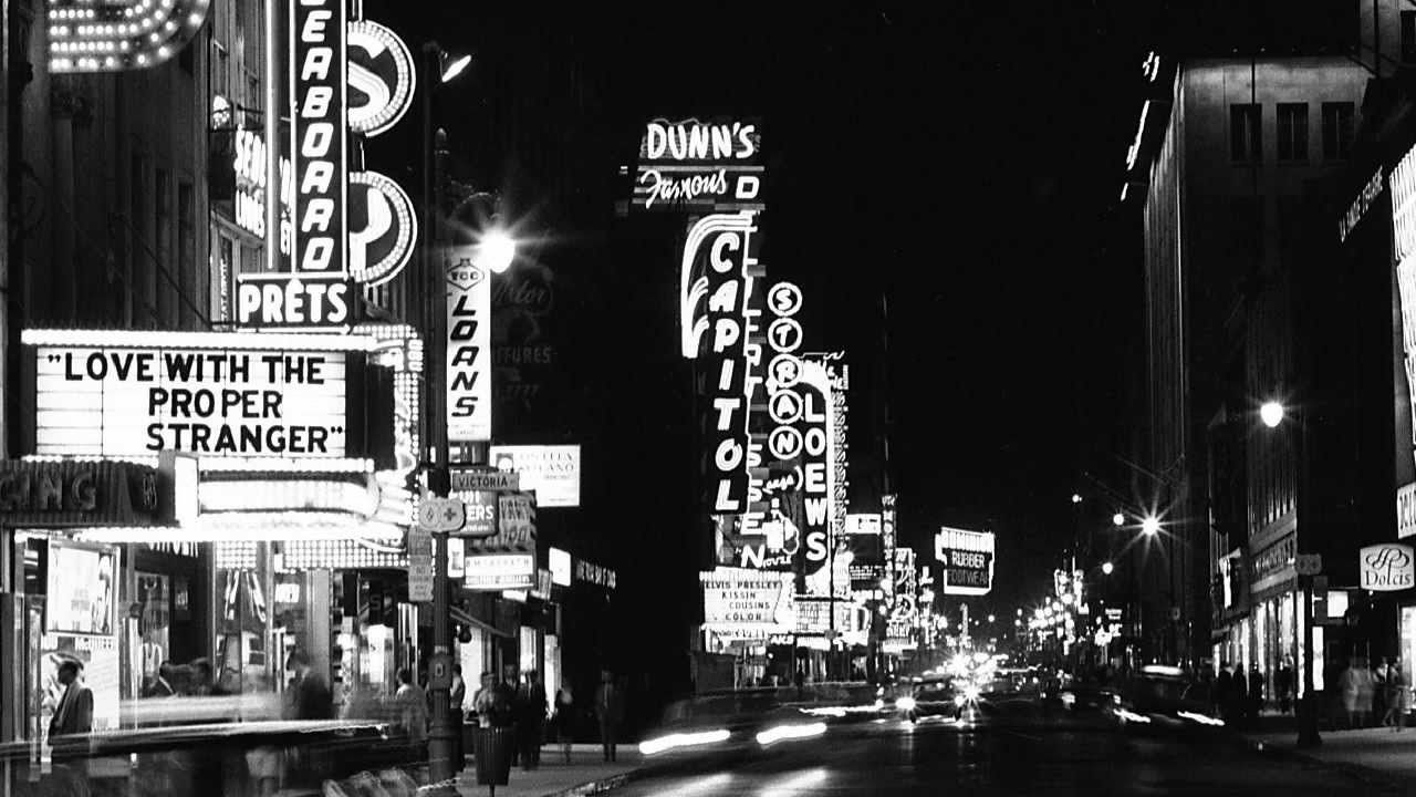 MONTREAL 1960  NIGHT LIFE    ( POUR MONTREAL LA BELLE  )  PIERRE TURGEON 22-JUIN-2017