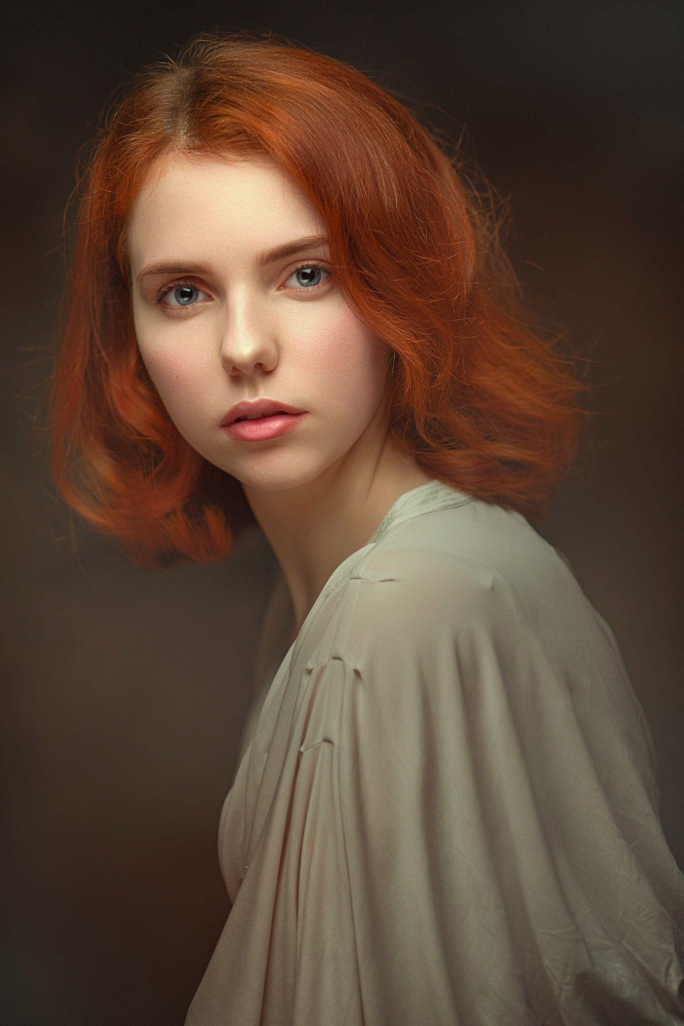 Redhead - HD Naked Girls
