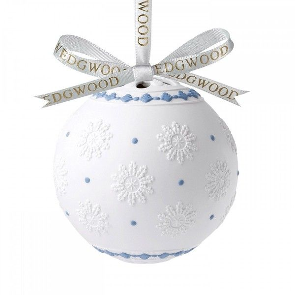 Wedgwood Christmas: Decorative Orb 12cm (€82) ❤ liked on Polyvore featuring home, home decor, holiday decorations, christmas holiday decor, christmas home decor, christmas holiday decorations y wedgwood