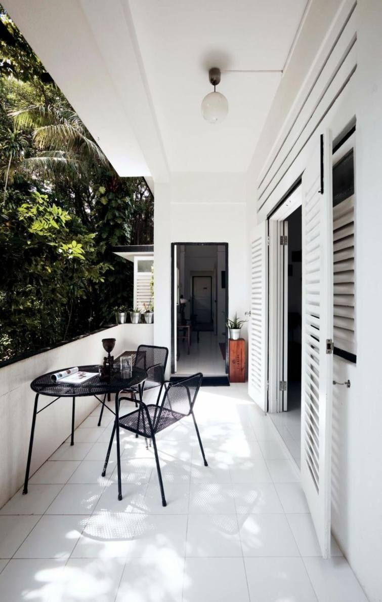 petit balcon de déco noir et blanc