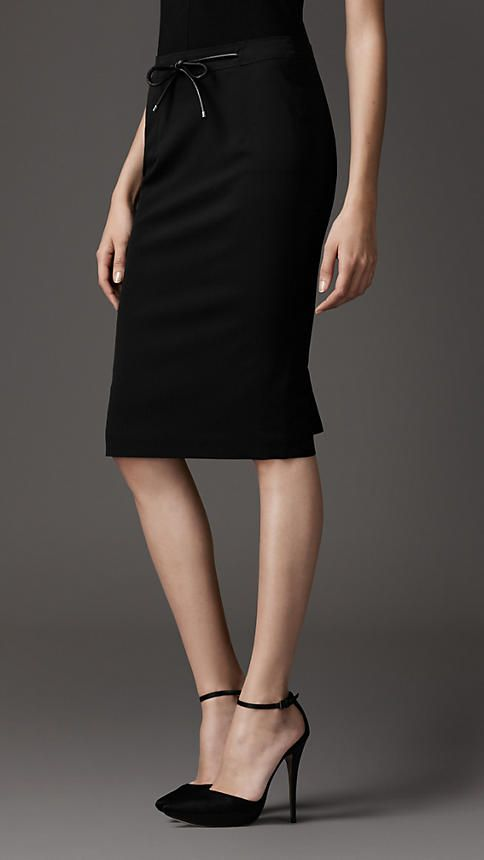 990a43bef6 Work skirt with leather bow   clothes   Fashion, Style, How to wear