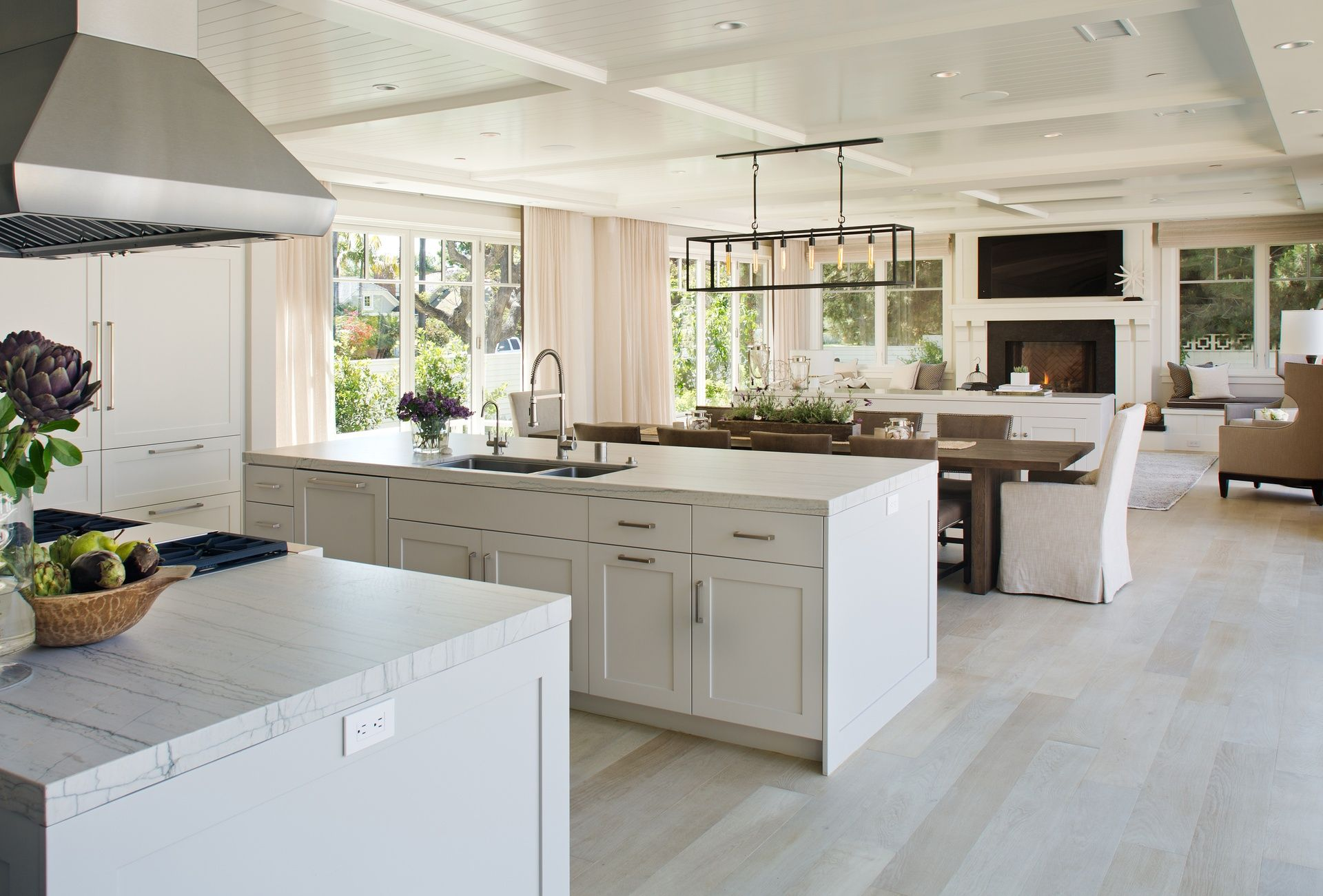 Beautiful, open floor plan | Salones | Pinterest | Concepto abierto ...