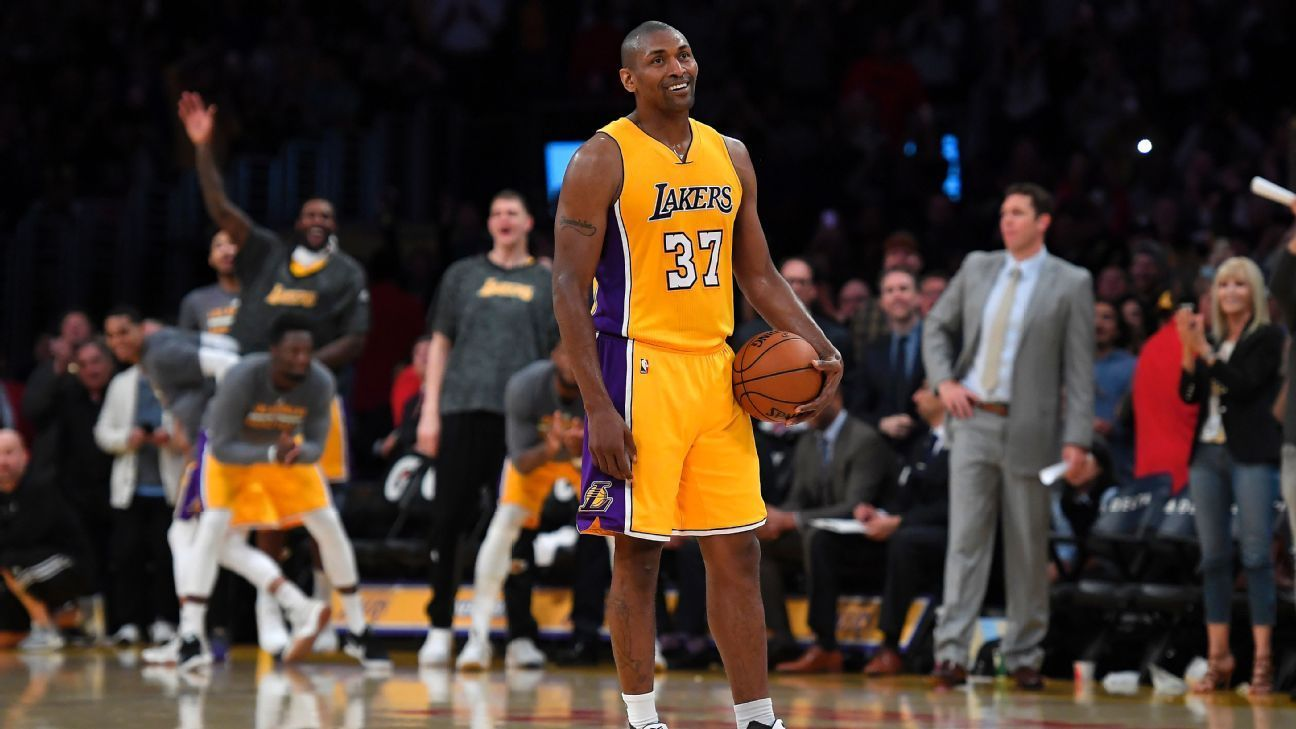 Metta World Peace shines in what may be Staples Center
