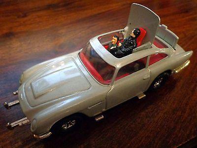 Corgi die-cast James Bond Goldfinger Aston Martin DB5 car with ...