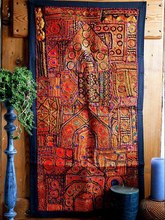 patchwork indien rouge dor tenture murale vintage d co deco inspiration deco tenture et. Black Bedroom Furniture Sets. Home Design Ideas