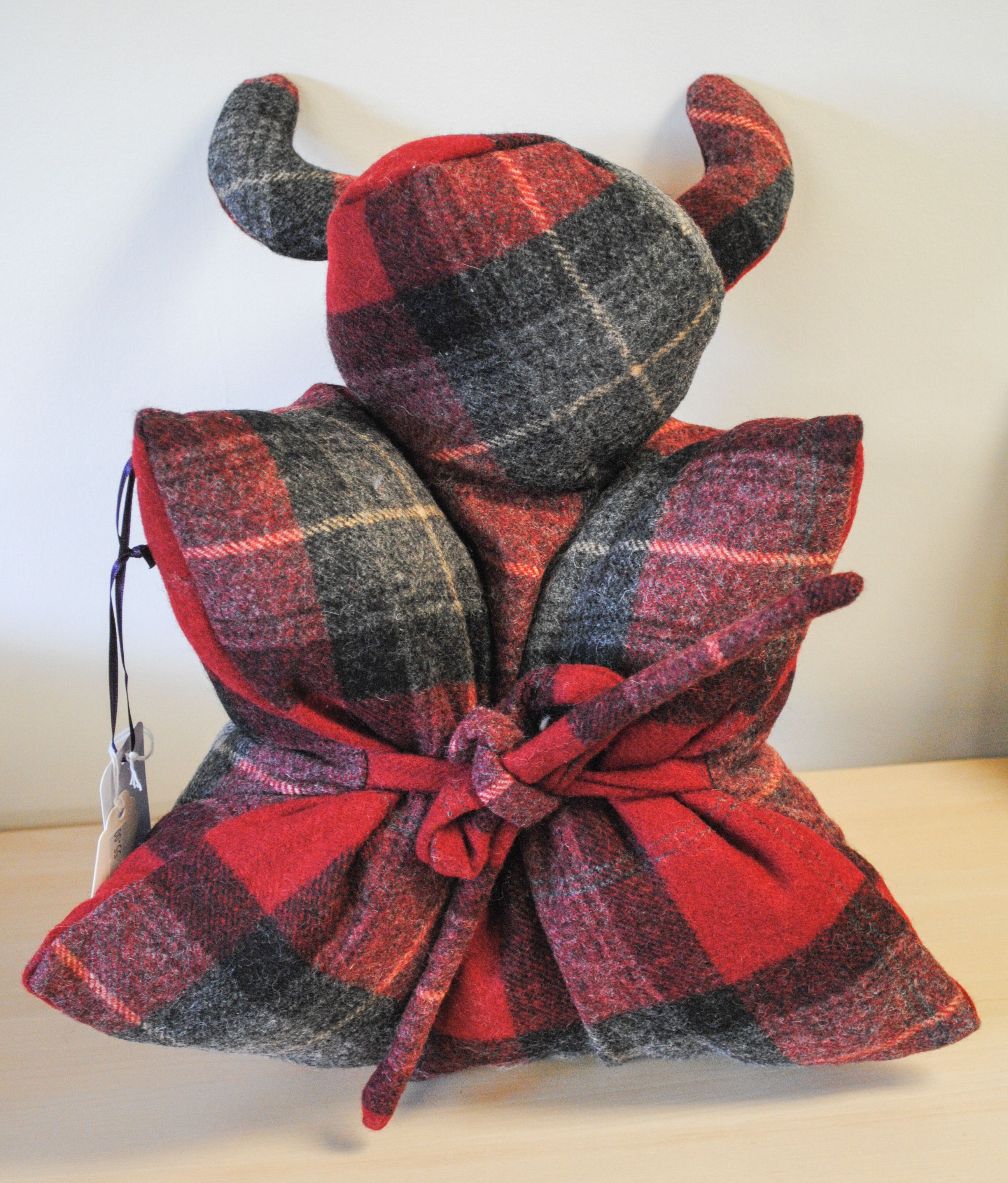 100% wool this highland coo www.scotire.com