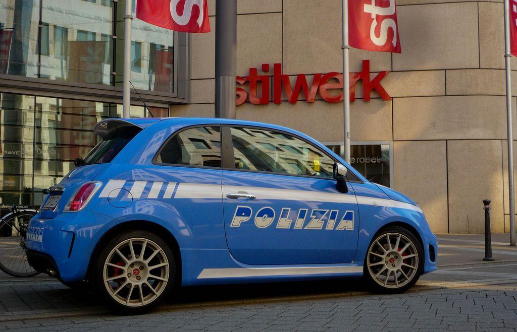 Abarth 500 Esseesse Polizia Fiat 500 Fiat Cinquecento New