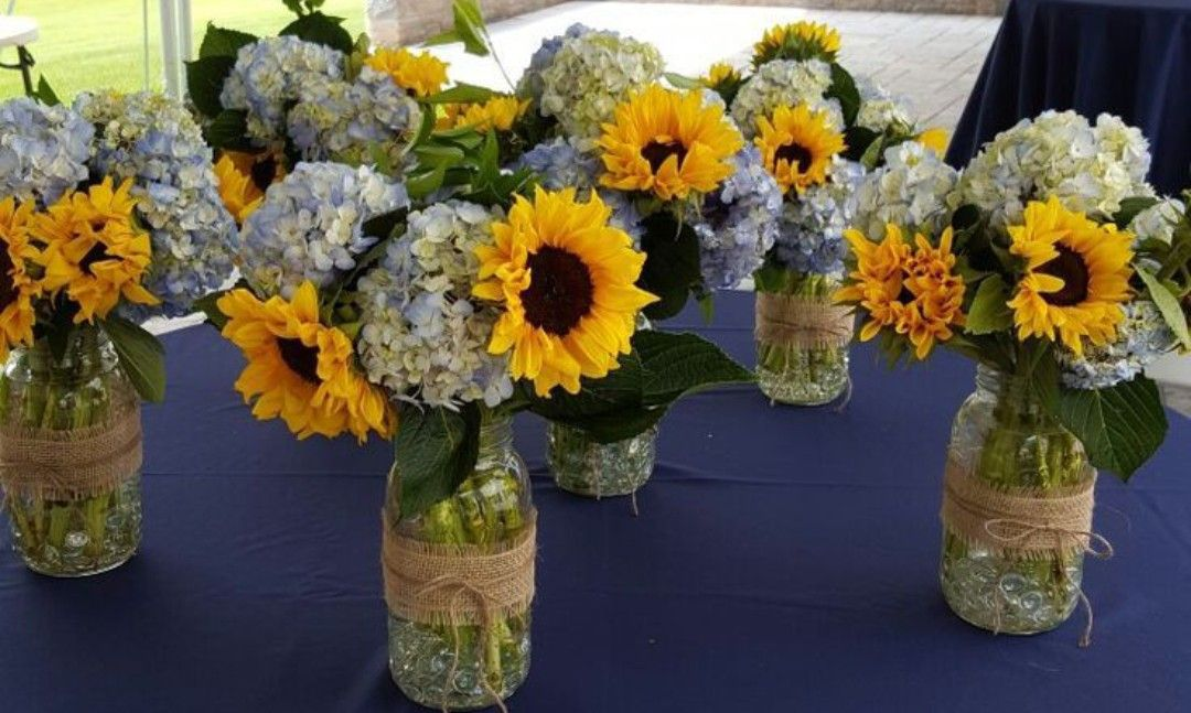 Pin by Emmy Sherman on wedding flowers Boquette wedding