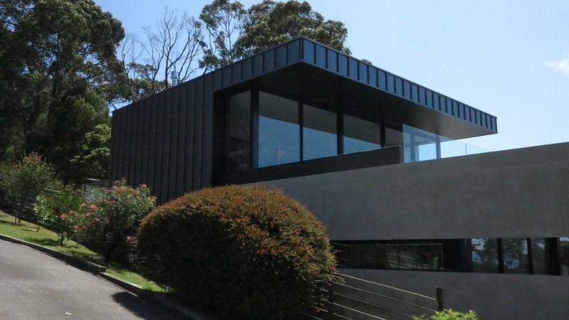 Lorne Architectural Cladding Project Features Nailstrip True Blue Roofing Architecture Cladding Interior Architecture Design