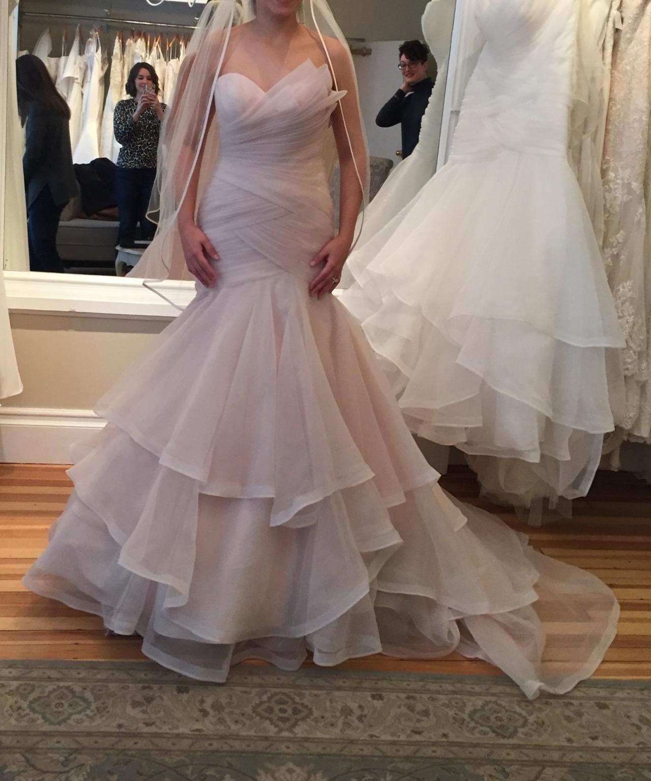 Mermaid ruffle wedding dress  Charming Wedding DressTulle Wedding DressesSexy Wedding Gown