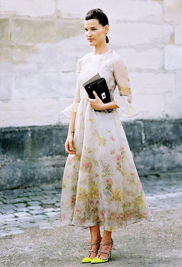 How To Be The Best Dressed Wedding Guest Without Upstaging The Bride Nice Dresses Style Valentino Gowns