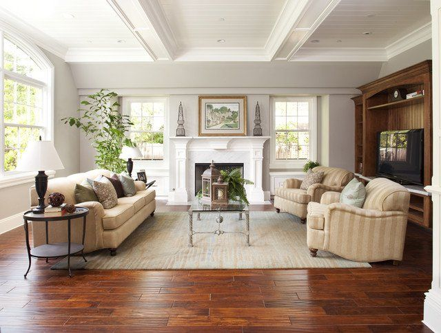 17 Attractive Ideas For Decorating Traditional Family Room To Enjoy Daily Living Room Wood Floor Traditional Family Room Traditional Family Rooms